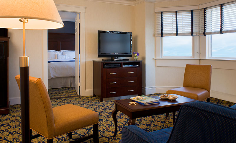 Two Bedroom Suite with Living Room at Newport Beach Hotel & Suites, Middletown