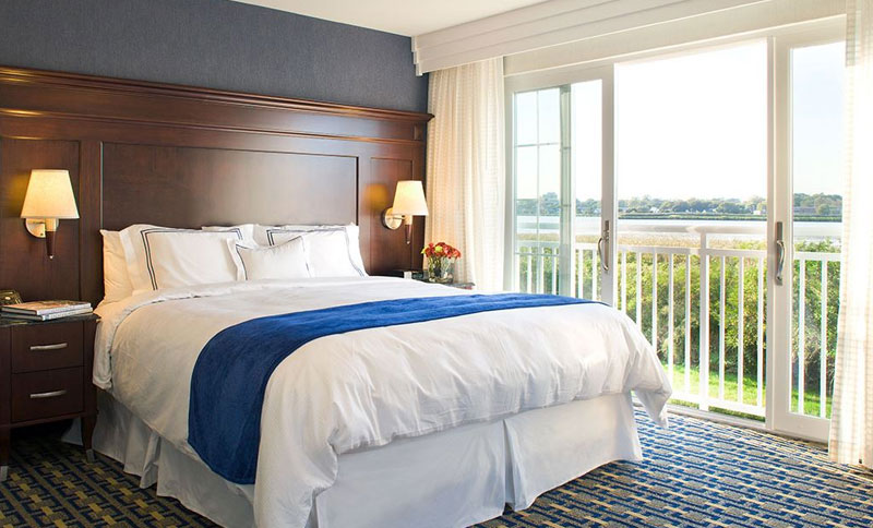 Two King Bedroom Two Bath Suite at Newport Beach Hotel & Suites, Middletown